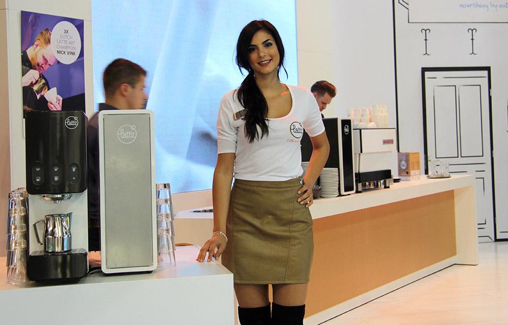 hostess accoglienza fiera host milano