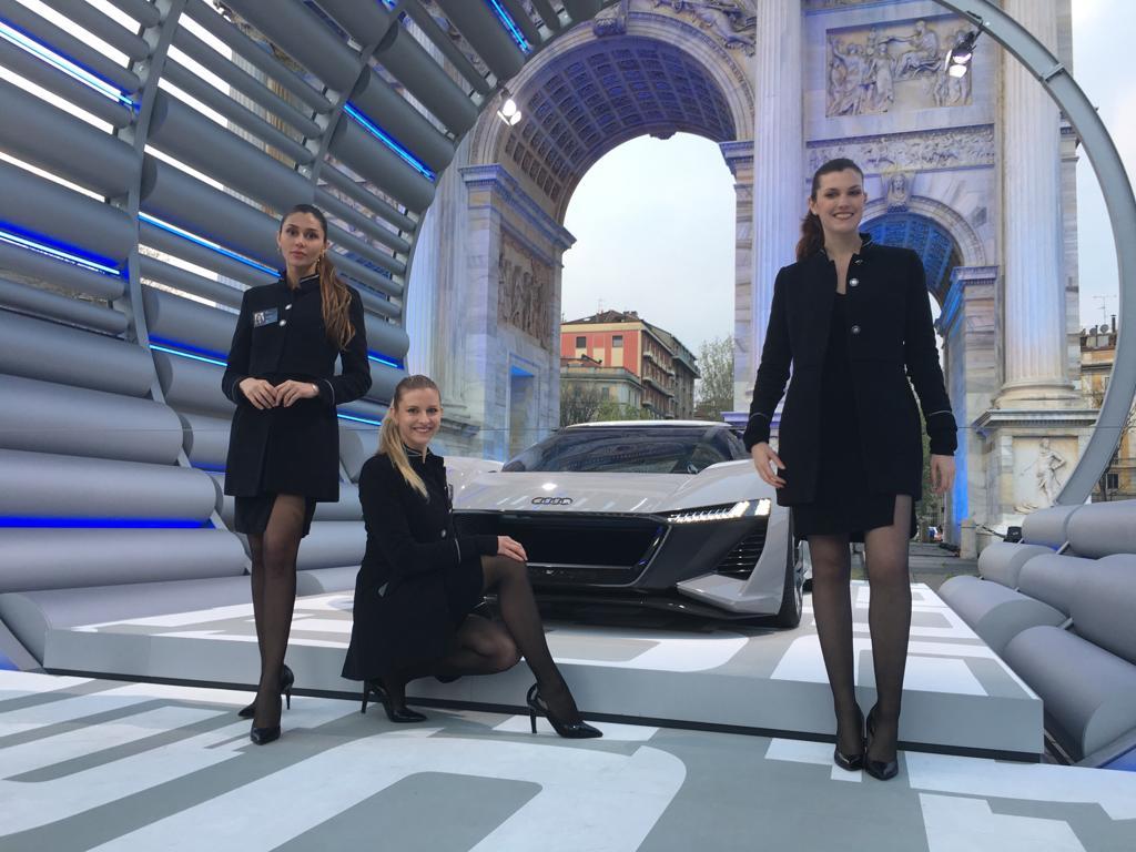modelle evento design week milano