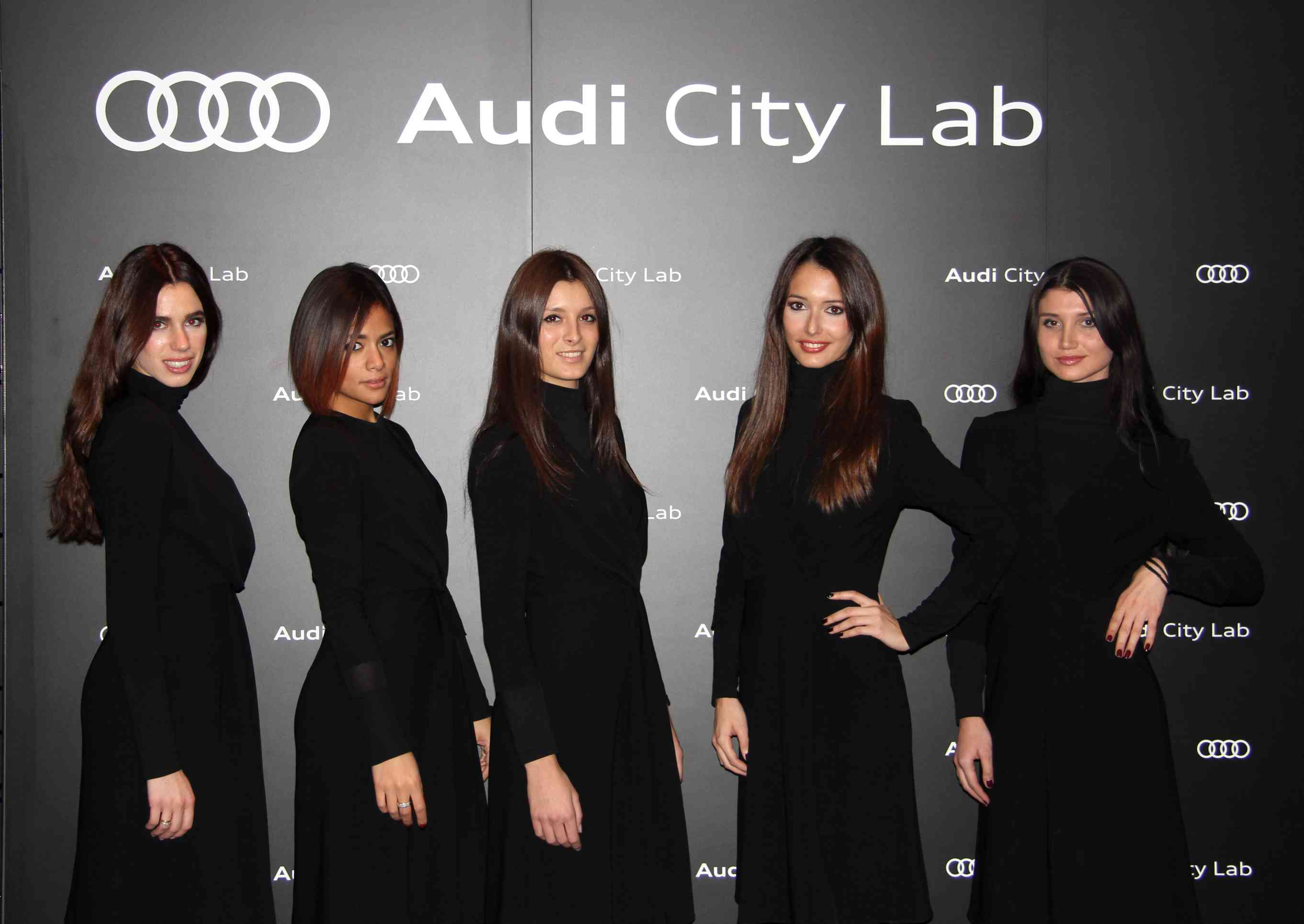 audi city lab store top hostess