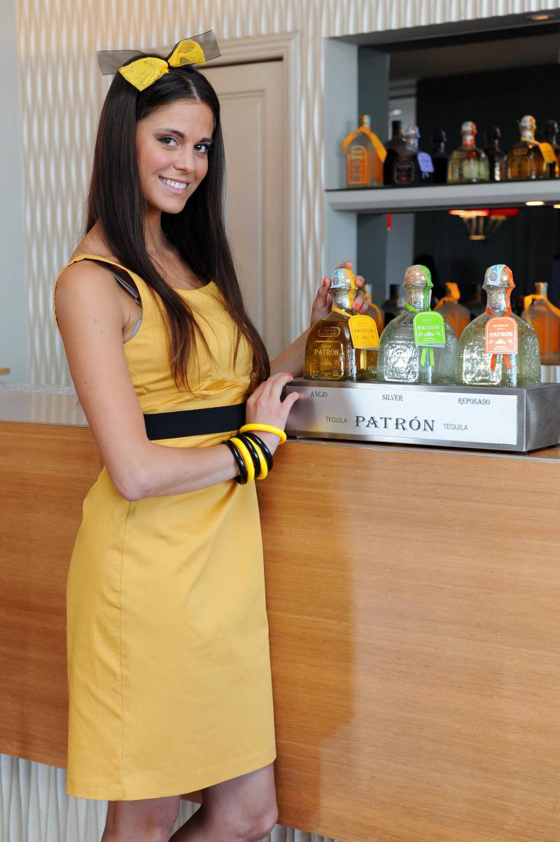 modella tequila patron