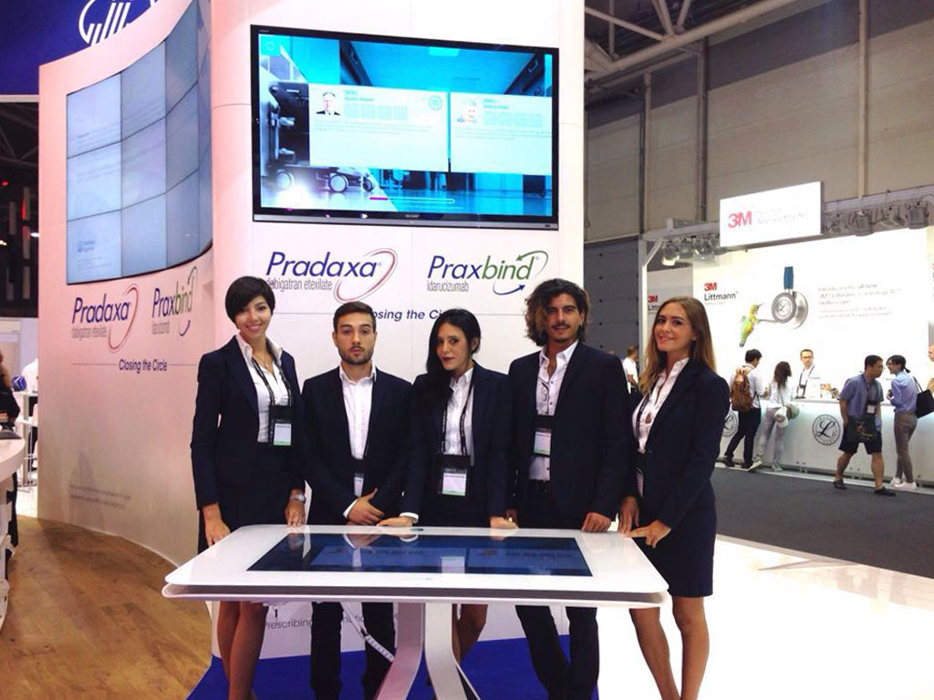 hostess conference in milan